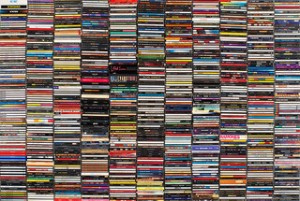 Image of a lot of CDs