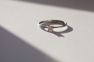 My engagement ring - ®LucyStendallPhotography`